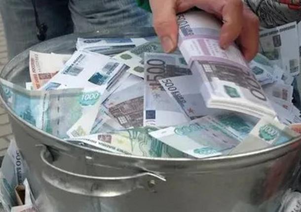 Дефицит бюджета Петербурга на 2020 год увеличится до 111 млрд рублей